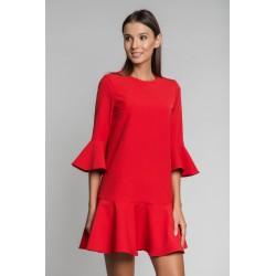 Платье с воланами на рукавах и по низу
