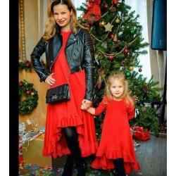 Платье с шлейфом мама дочка длинный рукав